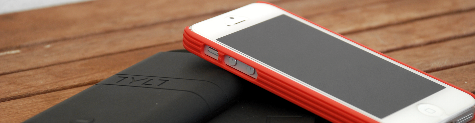 Extend Your Battery With Tylt's Energi Sliding Power Case