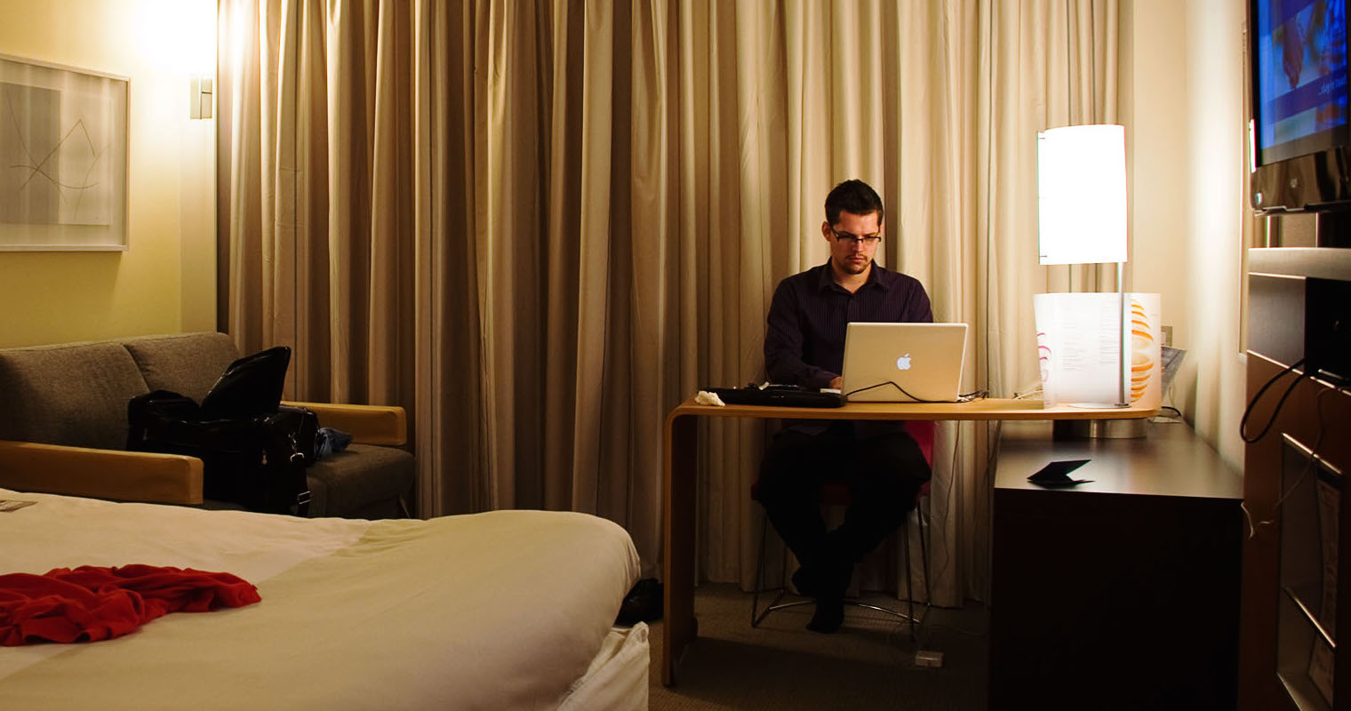 Five Gadgets You Need to Work From a Hotel Room