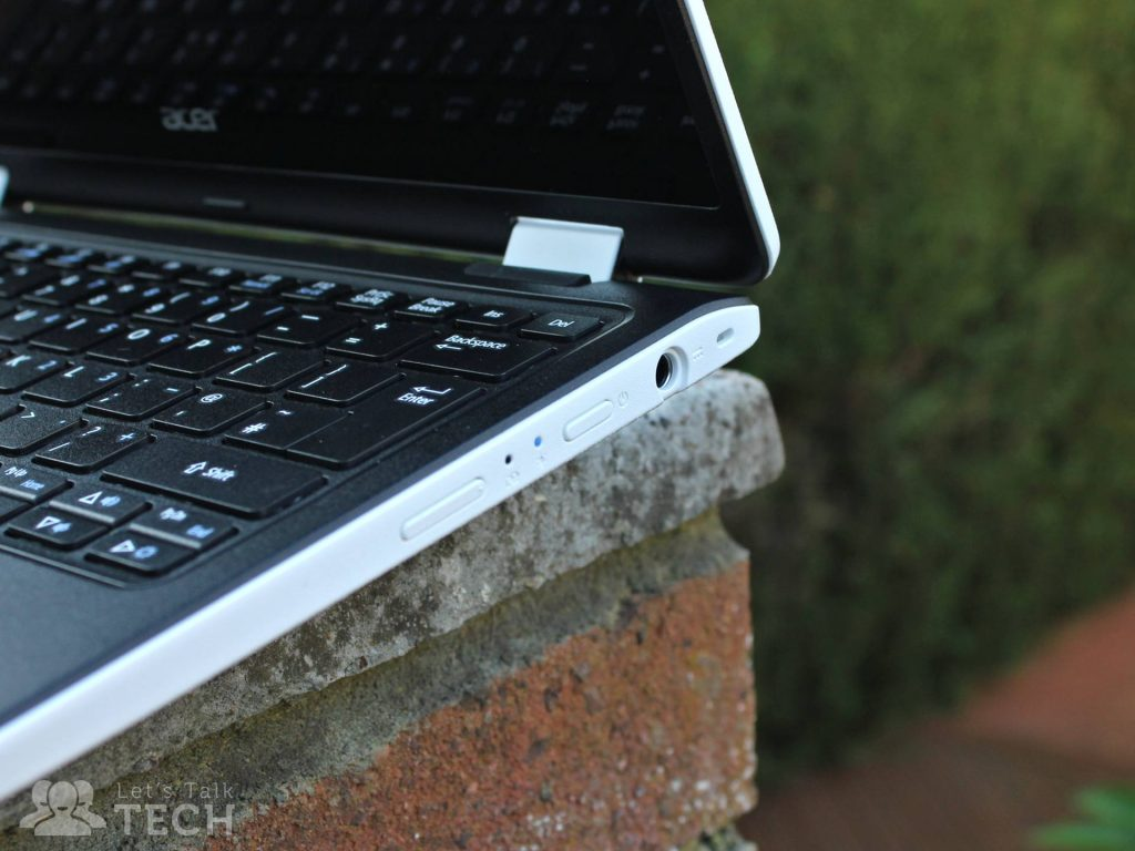 acer-aspire-r11-review-ports-keyboard-2