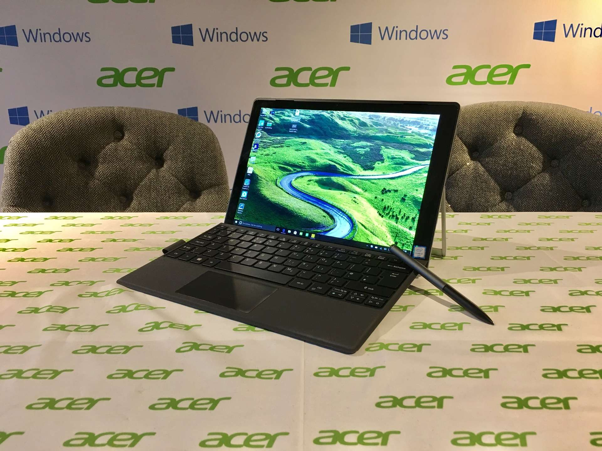 acer-switch-alpha-12-laptop